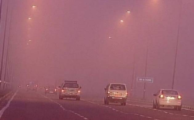 Dense fog shrouds Delhi-NCR: Arrival of 3 International and departure of 8 domestic flights delayed (File Photo)