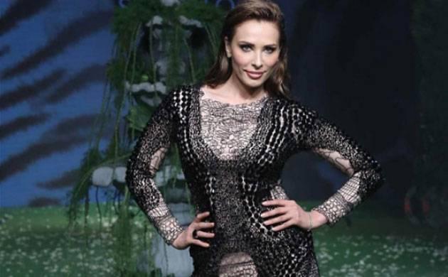Salman Khan's rumoured girlfriend Iulia Vantur makes Indian runway debut at LFW