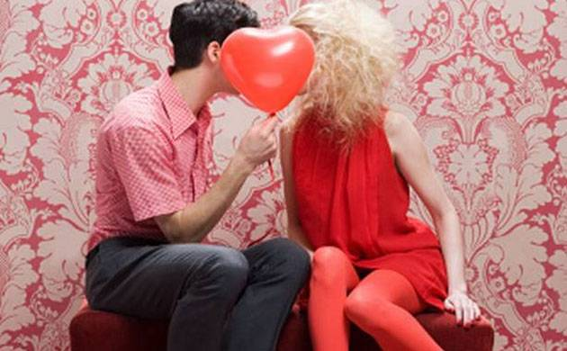 Valentine S Day Special 5 Bollywood Songs To Express Your Love To