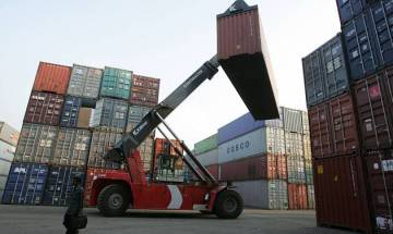 Exports shoot 4 per cent to 22 billion dollars in January, gold imports falls 30 per cent