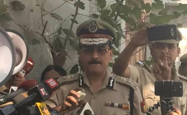 Delhi Police suspends 3 cops
