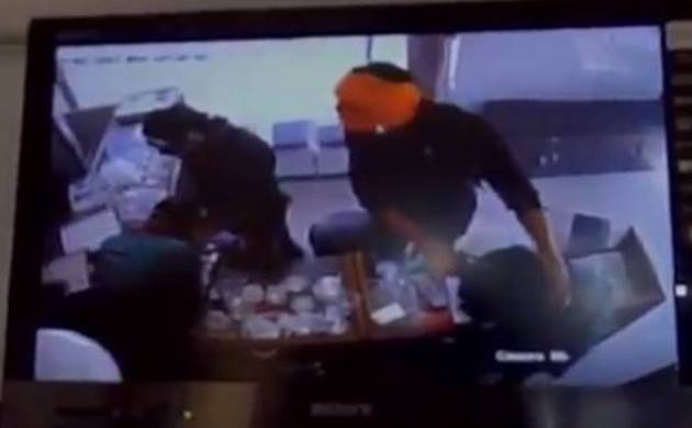 Robbery in Allahabad (Image Source ANI UP)