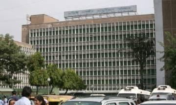 Mocking poor, AIIMS sets up 'special counter' dedicated to VIP patients