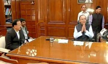 Arun Jaitley takes additional charge of Defence Ministry
