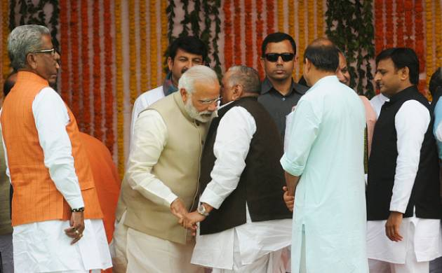 Yogi Adityanath's oath taking ceremony: Modi all ears to Mulayam, pats Akhilesh; Mayawati absent (Getty Images)