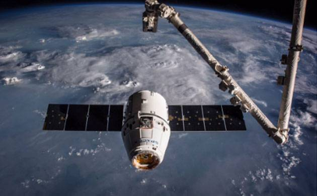 Space X cargo ship - Twitter image