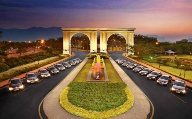 Will auction Aamby Valley property worth Rs 39,000 crore if Rs 5,000 cr not paid: SC to Sahara (File Photo)