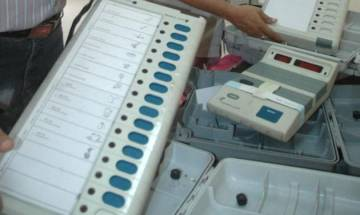 AAP urges EC to use ballot papers instead of EVMs in Gujarat assembly polls