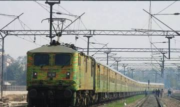 Train accident averted after Duranto Express coaches get separated from engine