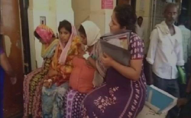 Karnataka: Four pregnant women carried on one stretcher in govt hospital