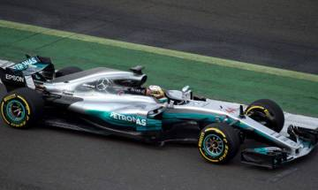 Australian Grand Prix: Hamilton to take pole position; clocks record lap in qualifying race