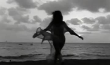 Aww Video! Sushmita sen groove to Ed Sheeran's 'Shape of you' with daughter Alisah