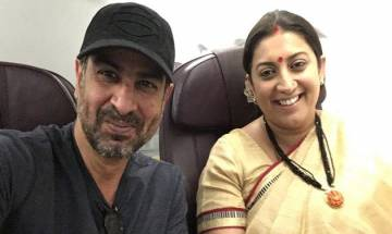 Kyunki Saas Bhi Kabhi Bahu Thi: Ronit Roy meets his on-screen wife Tulsi aka Smriti Irani after nine years! (See Pic)