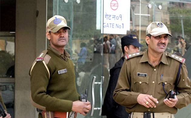 Youth arrested for trying to sneak in knife in Delhi Metro