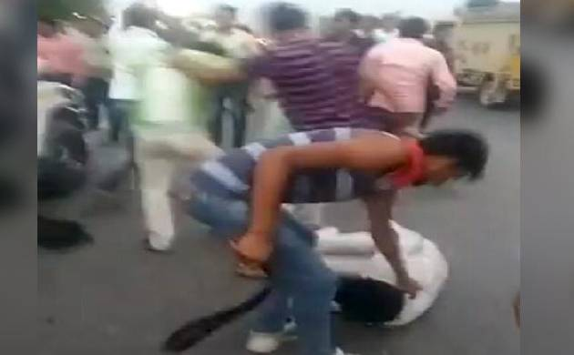 Man allegedly assaulted by cow vigilantes in Alwar (Pic: Video grab)