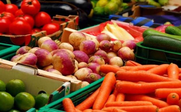 Eating fruits and vegetables rich in potassium helps lower blood pressure (Source : PTI)