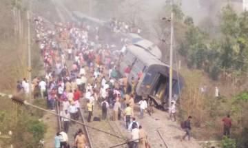 Meerut-Lucknow Rajya Rani Express derailment: Prabhu, Yogi announce compensation for injured