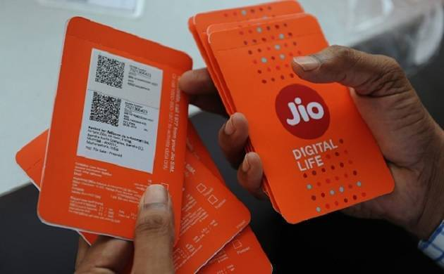 Jio users who have not recharged yet to face disconnection (File Photo)