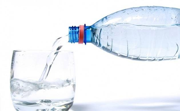 How to make yourself drink more water in a day