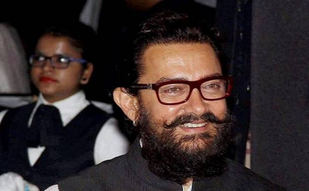 Aamir Khan gets nose pierced (Source: PTI)