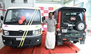 Auto driver with quirky Mahindra modified vehicle receives praise from Anand Mahindra, gets brand new carrier