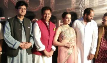 Manikarnika poster launch: Kangana Ranaut 'takes dip of faith' in holy Ganga river (watch video)