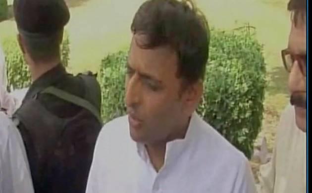 Akhilesh Yadav says 'has anyone ever witnessed martyr from Gujarat' (source-ANI)