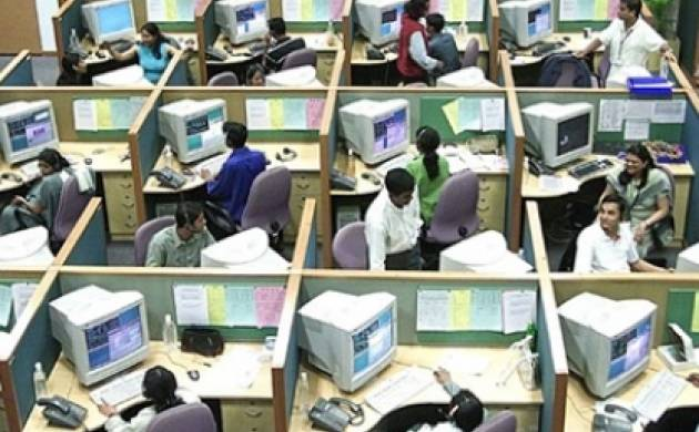 IT to layoff up to 2 lakh techies annually for next 3-yr: Head Hunters India