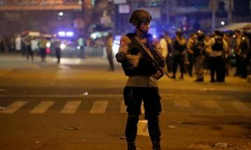 Islamic State claims responsibility for suicide bombing on Jakarta bus station in Indonesia