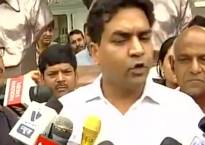 Watch: Kapil Mishra marshalled out of Delhi Assembly after a scuffle between him and other Aam Aadmi Party MLAs