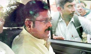 Election Commission bribery case: Delhi court grants bail to Dhinakaran