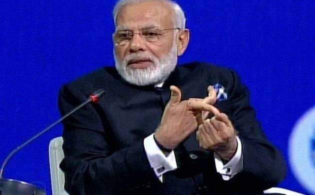Prime Minister Narendra Modi addresses a gathering in St. Petersburg. (ANI/Twitter)