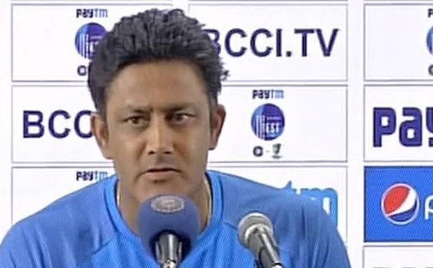 Anil Kumble resigns as India coach