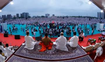 International Yoga Day: Nearly 3 lakh perform asanas at one place, Ramdev claims world record