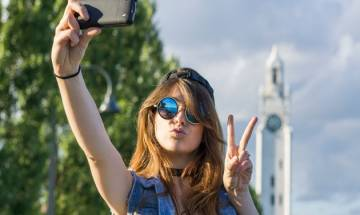 Most Instagram selfies are to show off appearance, make-up and clothes: scientists