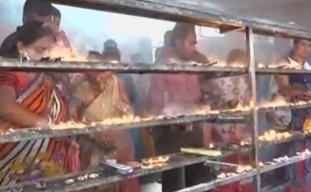 Ambubachi festival 2017: Kamakhya Temple opens for pilgrims to visit and offer prayers (ANI)