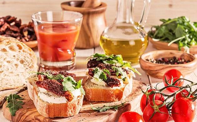 Mediterranean diet may help keeping colorectal cancer at bay: Study