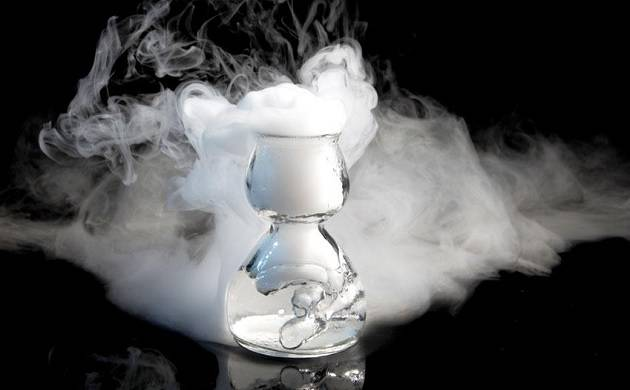 Liquid nitrogen in cocktail leaves hole in man's stomach