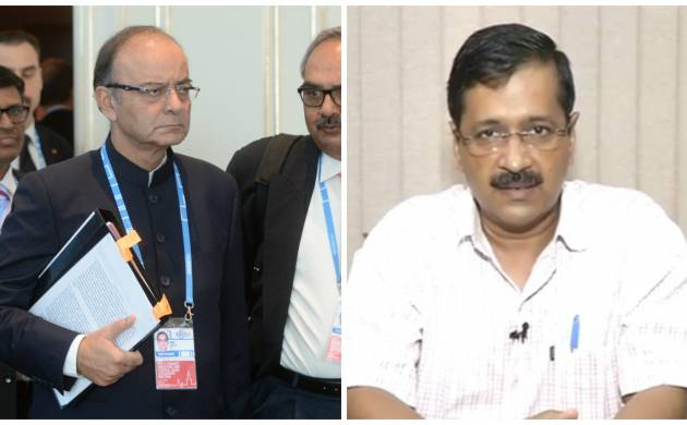 Delhi HC issues notice to Jaitley over demand of DDCA records by Kejriwal (File Photos)