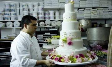 Dubai: Bakery claims of having world's most expensive cake of USD 25,000