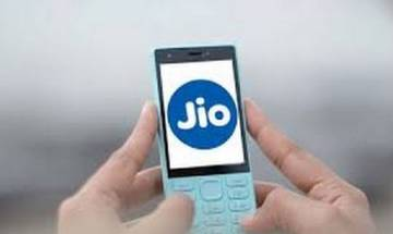 Reliance plans to sell 20 crore JIO 4G VoLTE feature phones in next 2 years