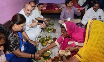 Amit Shah, Vasundhra Raje have lunch at Dalit BJP Yuva Morcha member's house