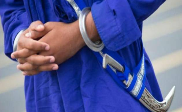 Sikh man asked to take off his kirpan and 'get out' of bus in Aus