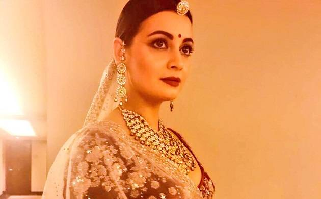 Dia Mirza graces the ramp for Anju Modi at ICW