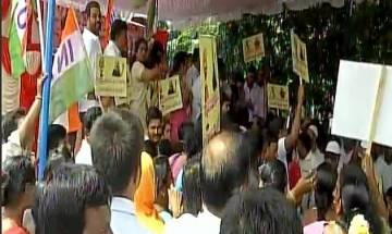 Congress workers protest as I-T raids at Karnataka min DK Shivakumar's residence continue