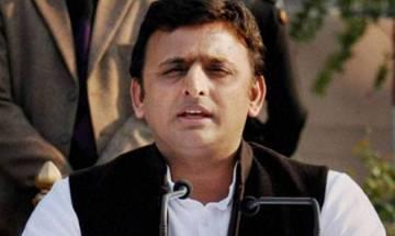 Akhilesh takes jibe at BJP, says 'pelt stone and poach MLC'