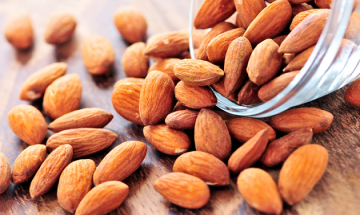 Wants to reduce cholesterol? Eat handful of almonds everyday, and lower cholesterol