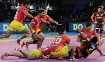 Pro-Kabaddi League 2017: Gujarat Fortunegiants script victory against Bengaluru Bulls in thrilling contest