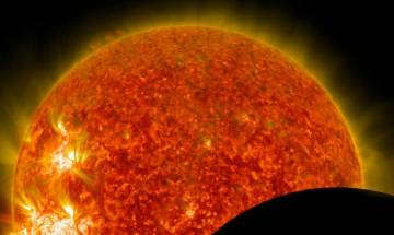 Solar Eclipse 2017: Millions of people across US street to watch rare phenomenon