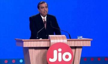 Jio Phone pre-bookings begin from today for Rs 500; Know all about orders, timings, prices and much more